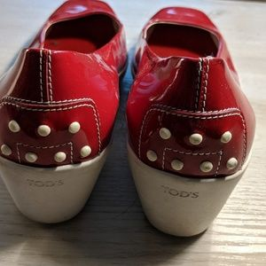 Tod's patent leather red wedge